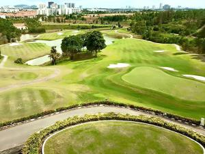 Austin Heights Golf & Hotel Resort              (1 minute driving distance)
